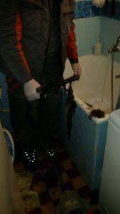 Ručno odgušenje kanalizacije